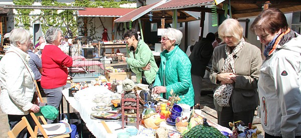 Fruehlingsfest2015-Markttreiben