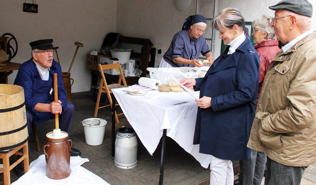 Fruehlingsfest2016-Buttern